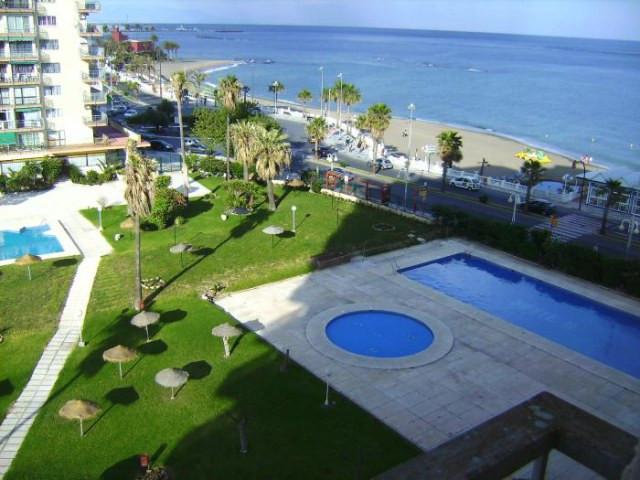 Top Floor Studio, Benalmadena Costa, Costa del Sol. Built 35 m², Terrace 3 m².  Setting : Beachfront,Spain