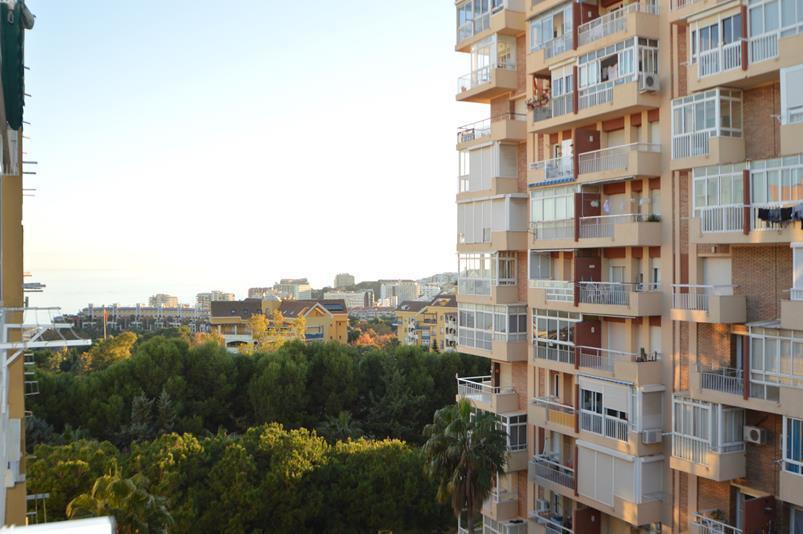 *********** BARGAIN-OPPORTUNITY-INVESTMENT ---- STUDIO APARTMENT IN BENALMADENA COSTA ********  A gr,Spain