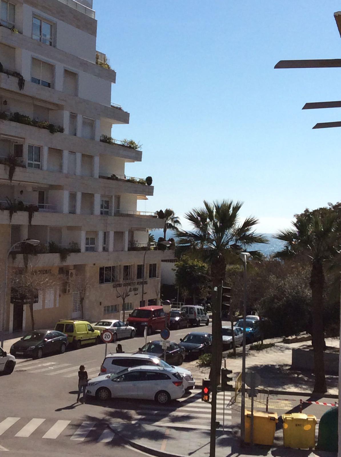 Estupenda casa en zona muy centrica de Marbella la casa tiene unos 143m2 divididos en 4 dormitorios ,Spain