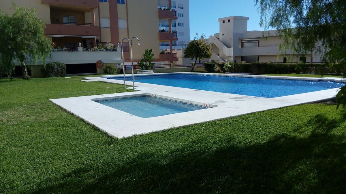 , Torrequebrada, Costa del Sol. 3 Bedrooms, 2 Bathrooms, Built 107 m², Terrace 1 m².  Setting : Clos,Spain