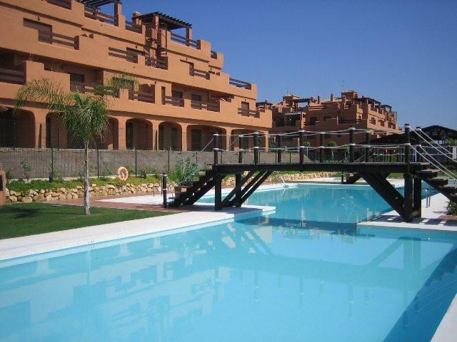 Apartment, , Costa del Sol. 2 Bedrooms, 2 Bathrooms, Built 120 m², Terrace 15 m², Garden/Plot 10 m².,Spain