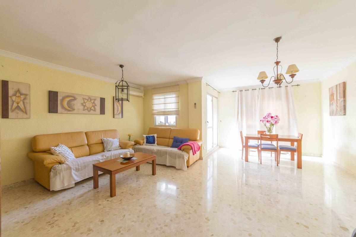 Top Floor Apartment, Malaga, Costa del Sol. 3 Bedrooms, 2 Bathrooms, Built 123 m², Terrace 6 m².  Se,Spain