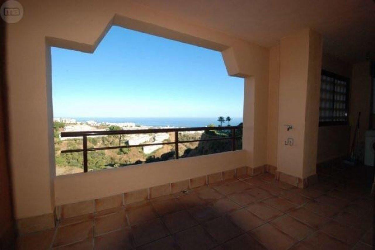 Middle Floor Apartment, Mijas Costa, Costa del Sol. 2 Bedrooms, 2 Bathrooms, Built 125 m², Terrace 1,Spain