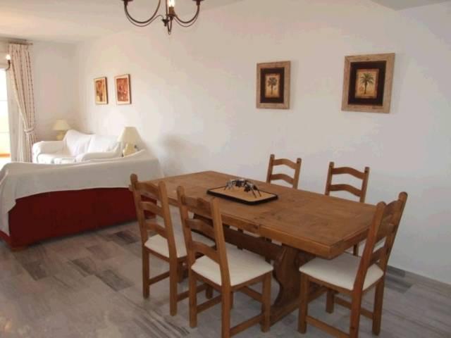 Apartment,  Close to Port,  Fitted Kitchen,  Parking: Garage,  Pool: Communal Pool,  Garden: Communi,Spain