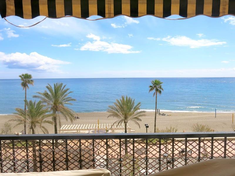 Middle Floor Apartment, Fuengirola, Costa del Sol. 3 Bedrooms, 2 Bathrooms, Built 103 m², Terrace 17,Spain