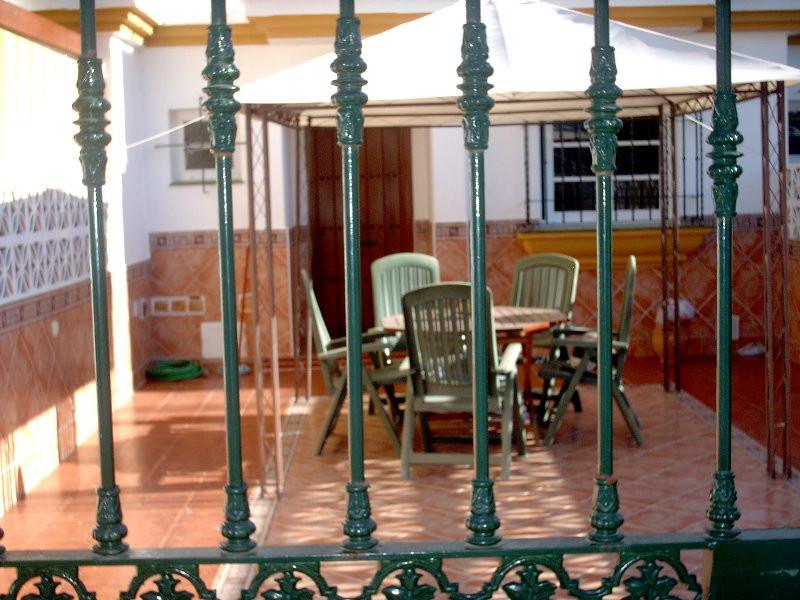 Townhouse - Terraced, Estepona, Costa del Sol. 3 Bedrooms, 2.5 Bathrooms, Built 180 sqm, Terrace 40 ,Spain