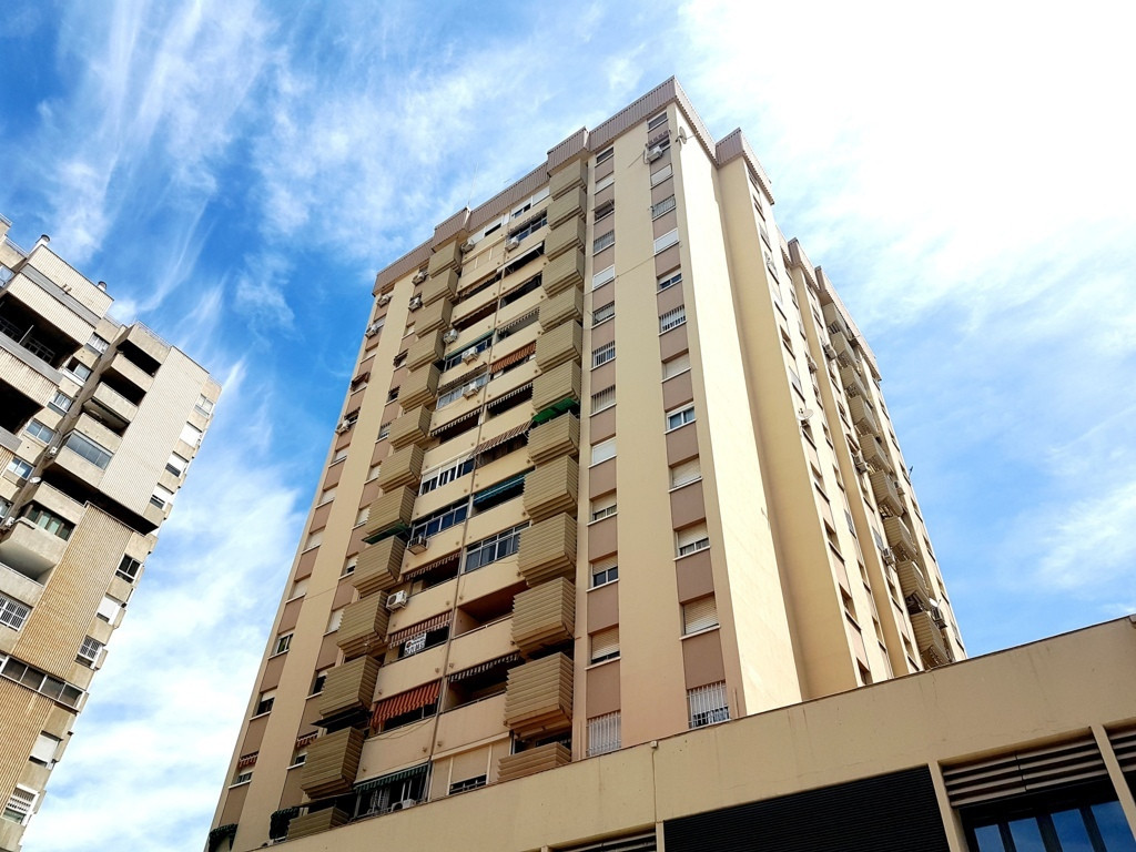 Apartment for sale in Malaga Capital - La Canasta - Avenida de Andalucia, very spacious apartment wi,Spain