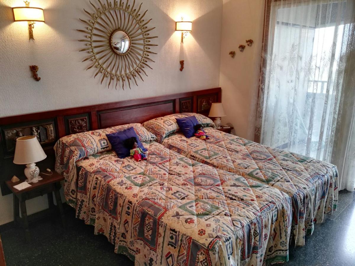 Middle Floor Apartment, Fuengirola, Costa del Sol. 1 Bedroom, 1 Bathroom, Built 57 m², Terrace 10 m²,Spain