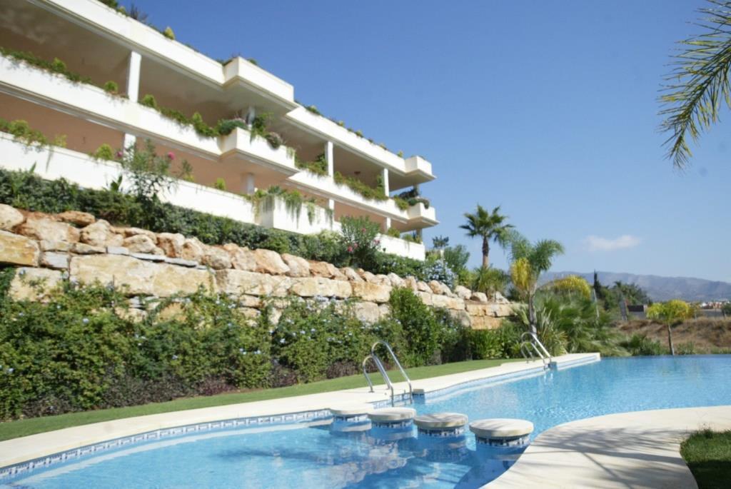 Large and luxurious 2 bedroom duplex penthouse for sale in Marbella, Urbanization Mirador del Princi,Spain