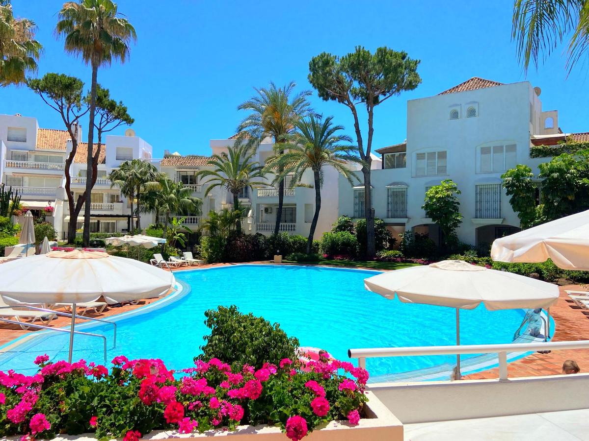 """Apartamento a 50 metros del mar! Situado en un entorno pintoresco con el hermoso nombre de """" El,Spain"""