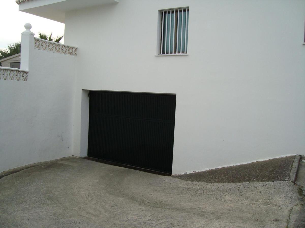 Basement parking space for sale  In urbanization  Sierra Bermeja area,Spain
