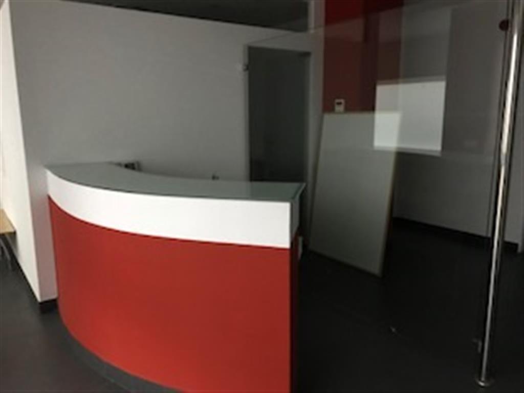 Commercial Premises, Malaga Centro, Costa del Sol. Built 160 m².  Setting : Commercial Area, Close T,Spain