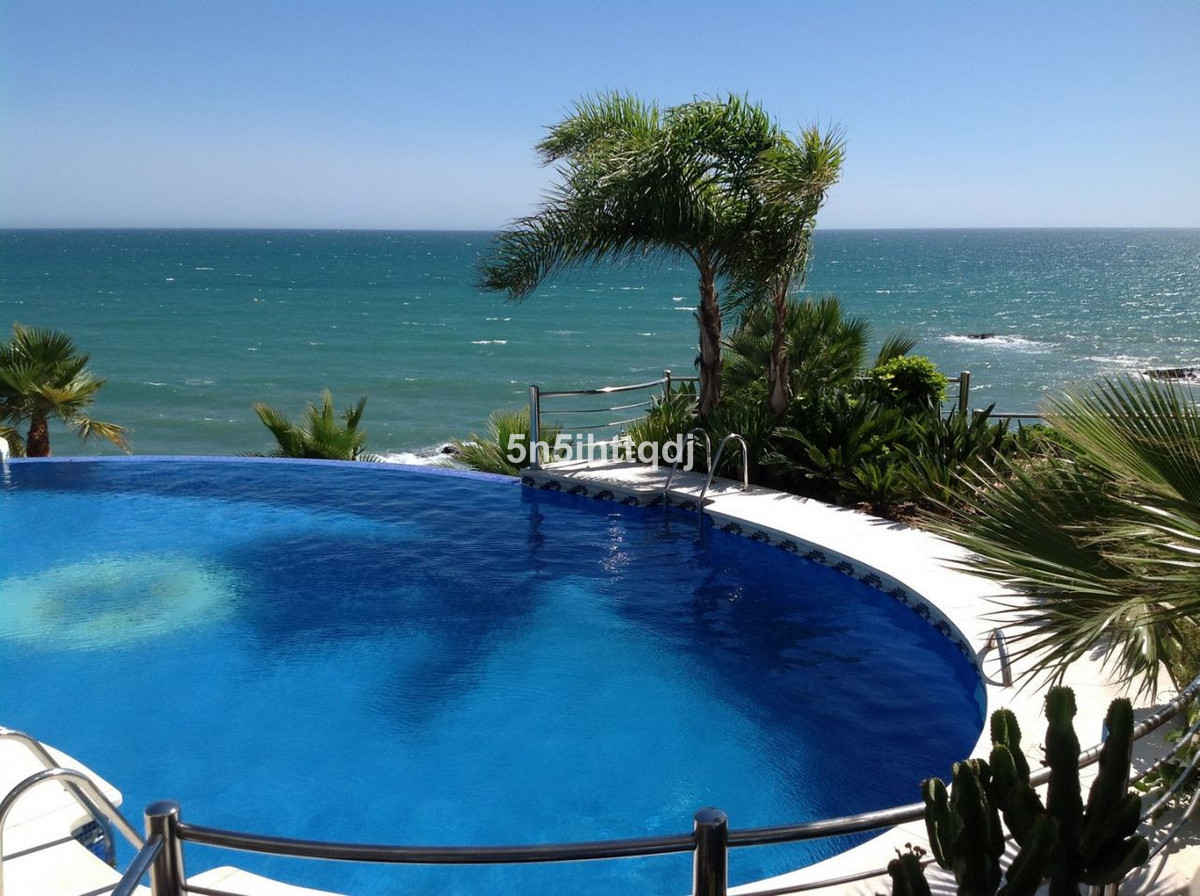 The beautiful luxury beachfront development of La Sirena in Torrequebrada, Benalmadena, enjoys the m,Spain
