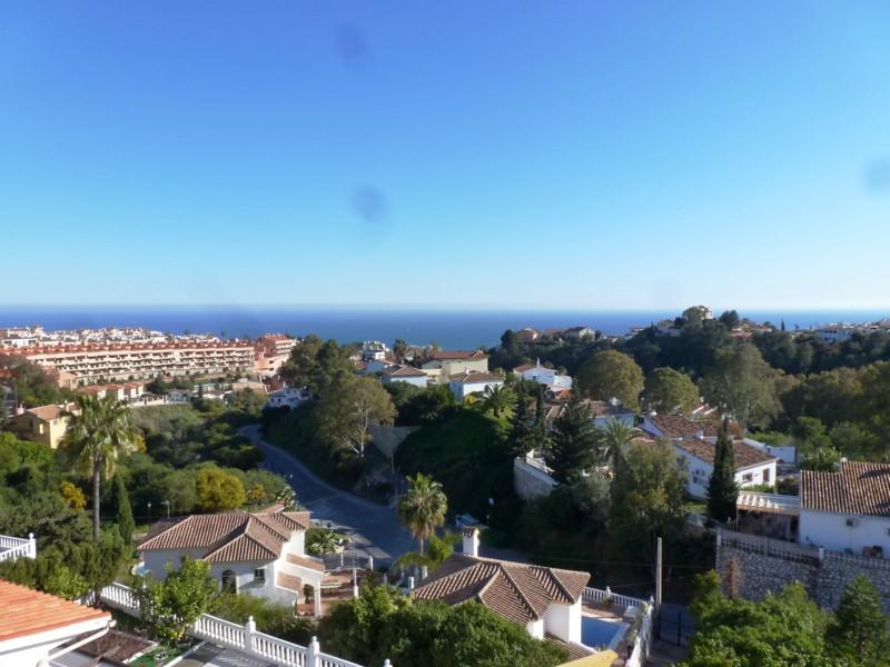 Semi-Detached House, Torreblanca, Costa del Sol. 4 Bedrooms, 3 Bathrooms, Built 205 m², Terrace 140 ,Spain