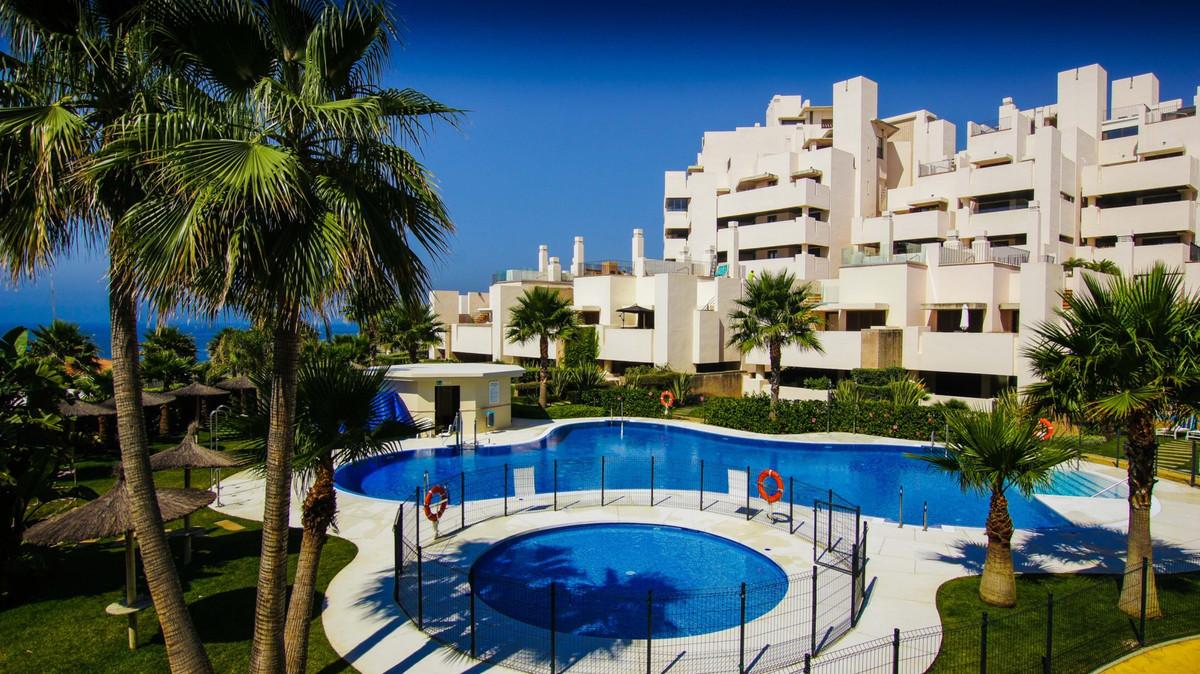 Penthouse, New Golden Mile, Costa del Sol. 2 Bedrooms, 2 Bathrooms, Built 206 m², Terrace 40 m².  Se,Spain