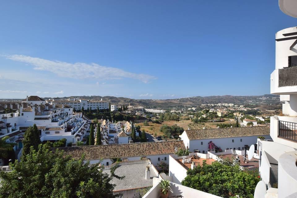 IBI; 320€                     Community; 80€               Rubbish; 70€  Apartment located in Mijas ,Spain