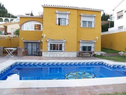 Wonderful villa with fantastic sea views, beautiful garden, a/c, private pool, several terraces 130m,Spain