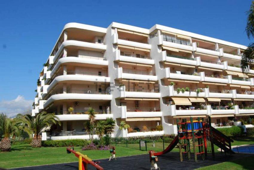 Magnificent ground floor apartment in Guadalmina Alta, next golf club, near the center of San Pedro ,Spain