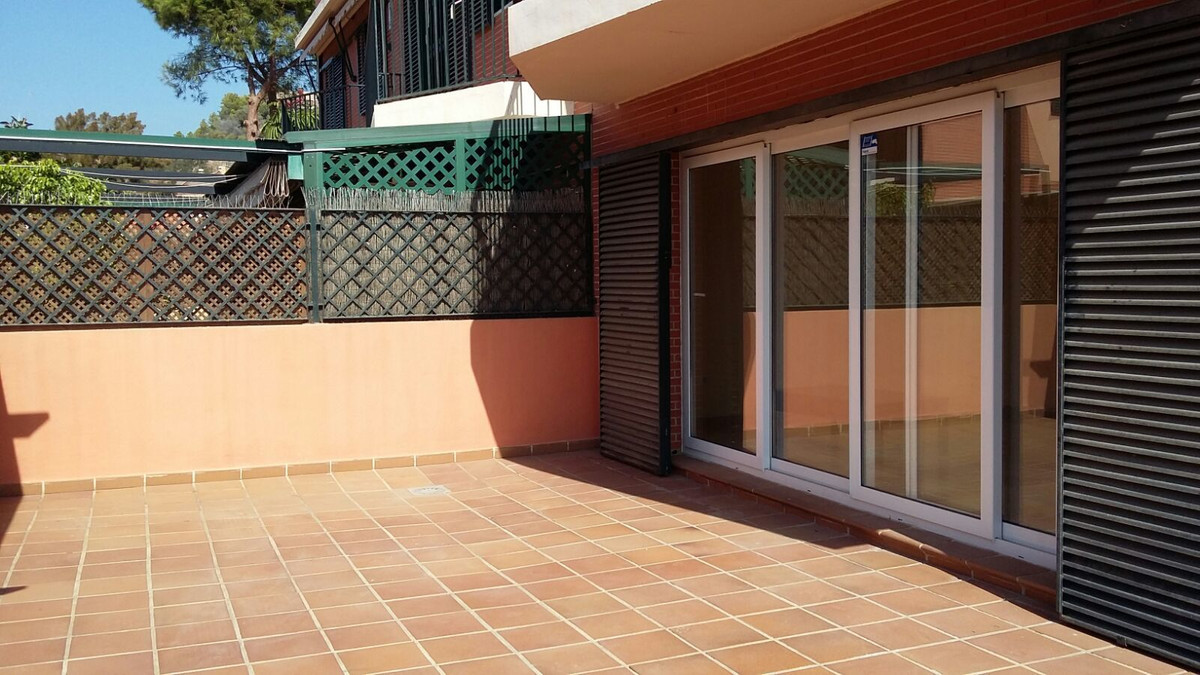 Townhouse, Malaga Este, Costa del Sol. 4 Bedrooms, 4 Bathrooms, Built 325 m², Terrace 45 m².  Settin,Spain