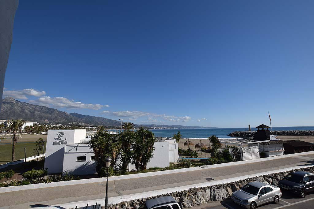FANTASTIC FIRST LINE PORT APARTMENT IN PUERTO BANUS!! Great stunning sea & Marbella´s bay views ,Spain