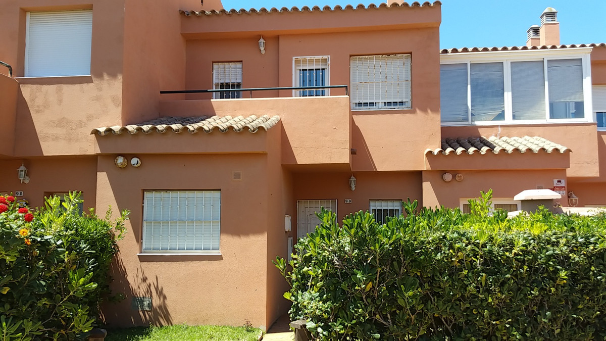 Property located in Manilva, Malaga, Costa del Sol Bank repossession townhouse of 127m2 built. Consi,Spain
