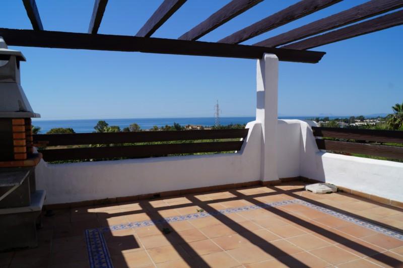 Top Floor Apartment, New Golden Mile, Costa del Sol. 2 Bedrooms, 2 Bathrooms, Built 115 m², Terrace ,Spain