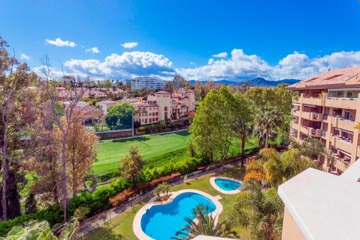 Amazing corner duplex penthouse in 1st line Golf.  Malaga. Marbella. San Pedro de Alcantara. Gualdal,Spain