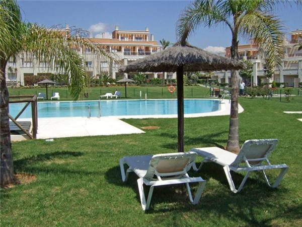 Apartment - Ground Floor, New Golden Mile, Costa del Sol. 3 Bedrooms, 3 Bathrooms, Built 113 sqm, Te,Spain