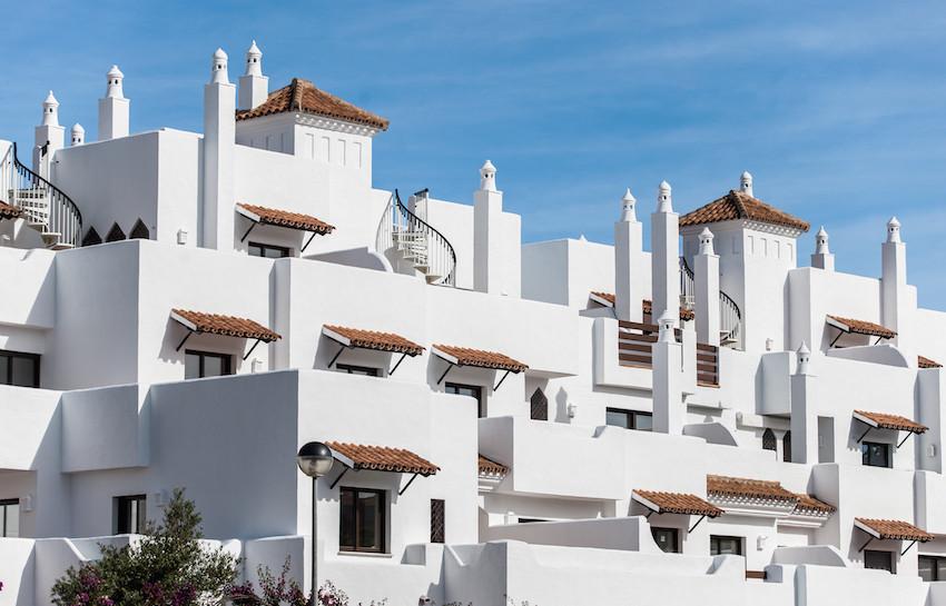 Ground Floor Apartment, New Golden Mile, Costa del Sol. 2 Bedrooms, 2 Bathrooms, Built 100 m², Terra,Spain