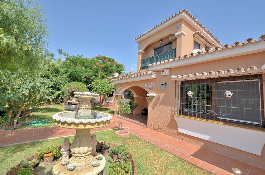 FANTASTIC VILLA! Located in Torremuelle (Benalmadena Costa), in peaceful urbanization. Large terrace,Spain