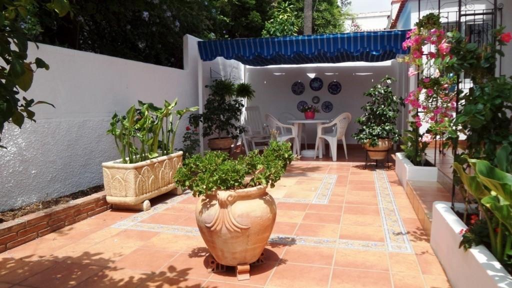 SPECTACULAR VILLA IN PUERTO MARINA, located just 5 minutes walk from the beach and Puerto Marina, 15,Spain