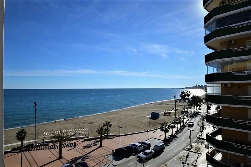 Middle Floor Apartment, Fuengirola, Costa del Sol. 2 Bedrooms, 2 Bathrooms, Built 130 m², Terrace 33,Spain