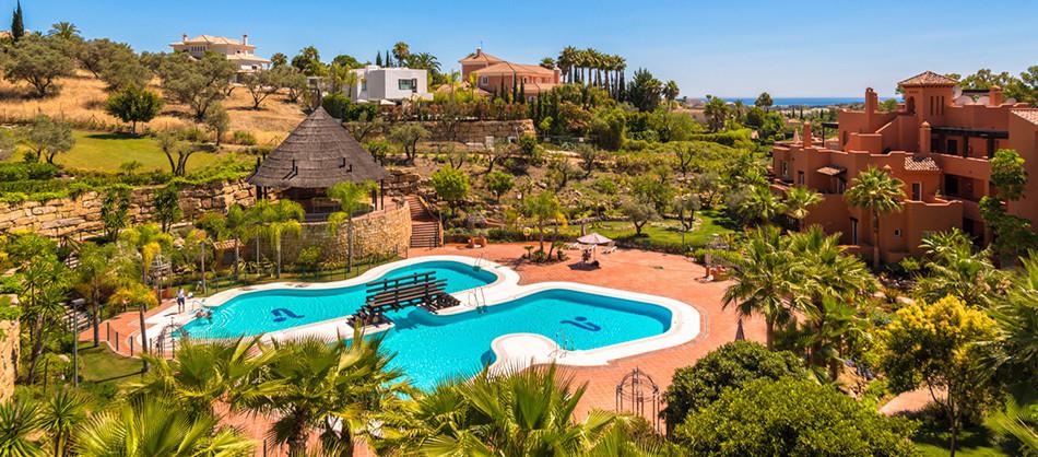Ground Floor Apartment, Nueva Andalucia, Costa del Sol. 4 Bedrooms, 4 Bathrooms, Built 201 m², Terra,Spain