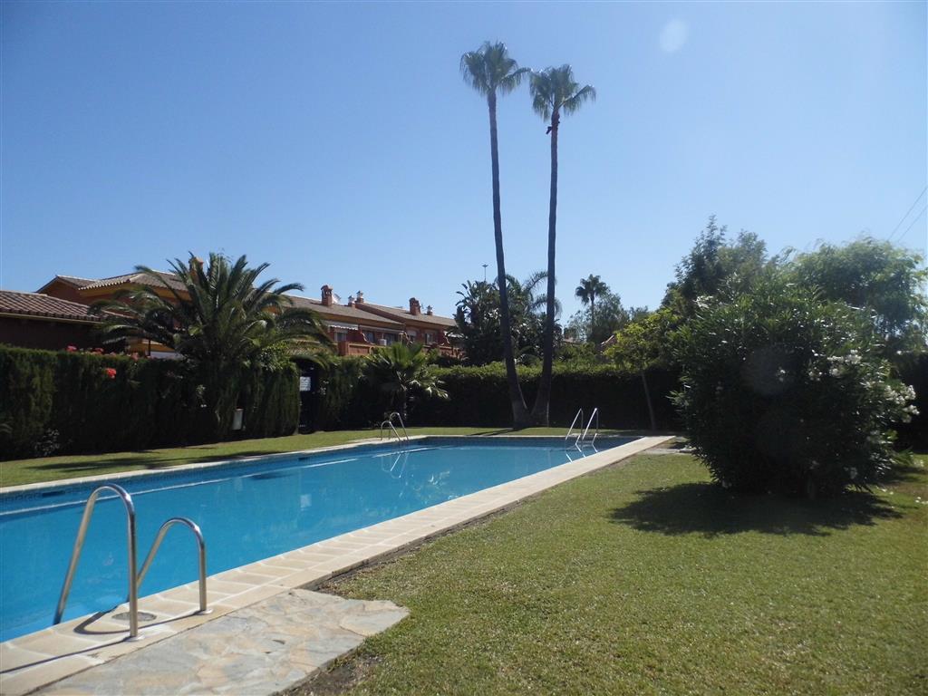 Townhouse, New Golden Mile, Costa del Sol. 3 Bedrooms, 2 Bathrooms, Built 120 m², Terrace 44 m², Gar,Spain
