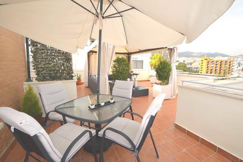 ******* LUXURY PENTHOUSE IN BENALMADENA COSTA **************************  A beautiful 3 bedroom pent,Spain