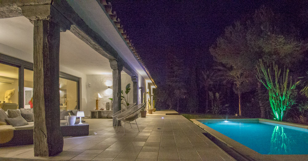 Ibiza meets Marbella - stunning property in Hacienda las Chapas. Fully refurbished to a very high st,Spain