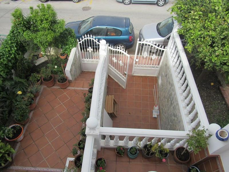 Townhouse, Mijas Costa, Costa del Sol. 3 Bedrooms, 2 Bathrooms, Built 183 m².  Setting : Town, Beach,Spain