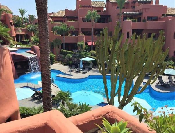 OPPORTUNITY IN URB. TORREBERMEJA !! Fantastic luxury urbanization located 5 minutes from Marbella an,Spain