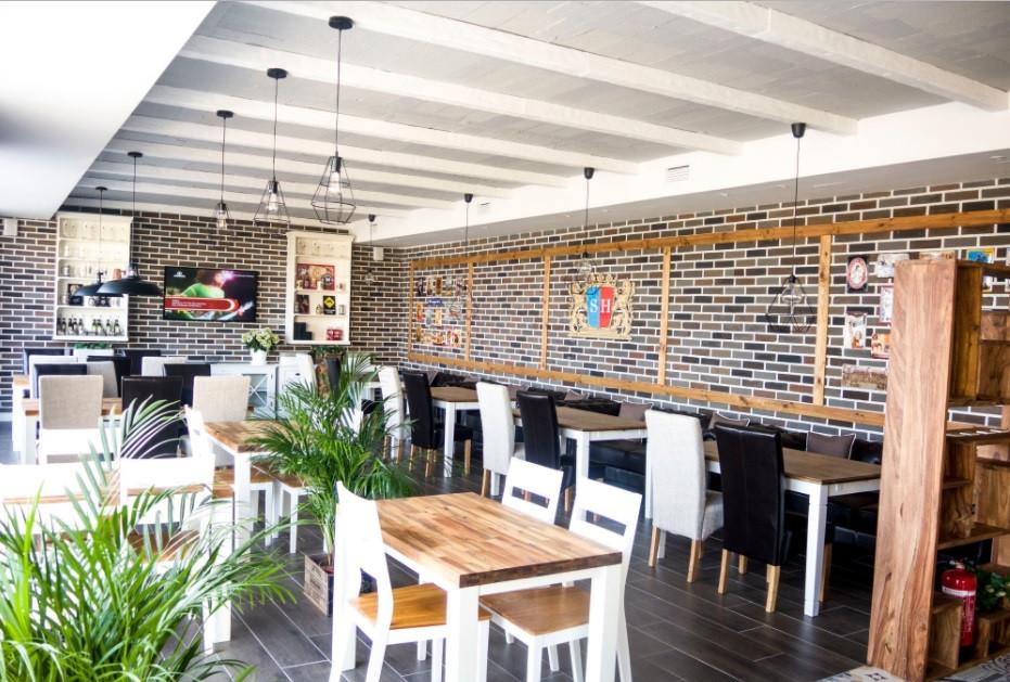 Brewery - Bar, Isdabe, Benahavis, Costa del Sol.  2 Bathrooms, Built 102 m2; Terrace 10 m2;.   Brewe,Spain