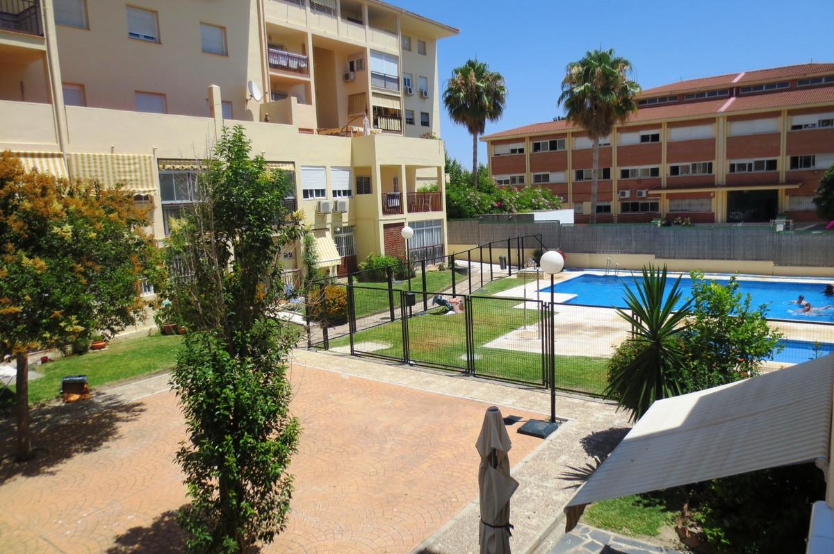 Fantastic ground apartment in Arroyo de la Miel, close to all amenities , transport, school, etc. It,Spain
