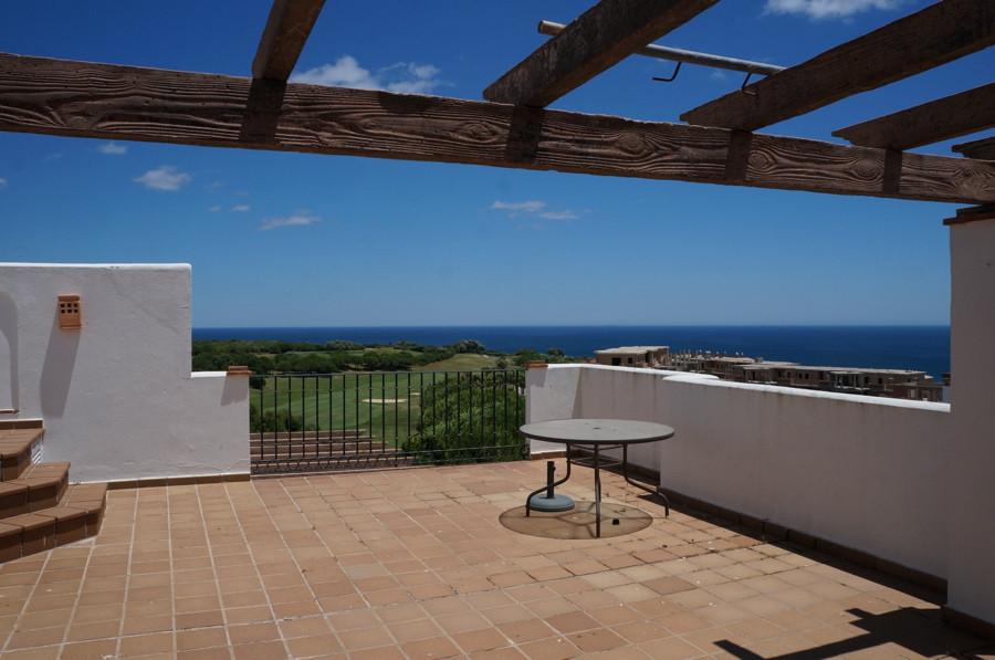 Top floor apartment in La Alciadesa with stunning views towards Gibraltar. This amazing frontline go,Spain