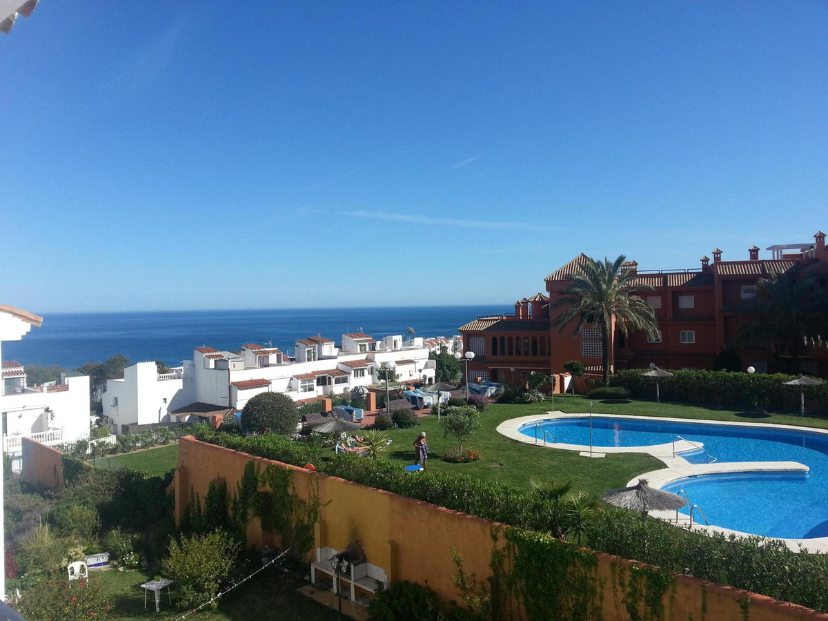 A beautiful apartment awaits you in Alcorrin.  In the Urbanization Princesa Kristina is this beautif,Spain