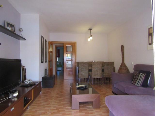 Beautiful spacious 3 bedroom apartment on the first floor in the beloved Bellavista neighborhood in ,Spain