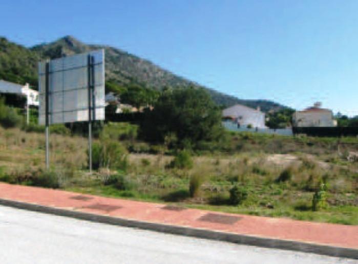 Urban plot for sale in Urbanization Buenavista, Benalmadena, very quiet area, 5 minutes drive to the,Spain