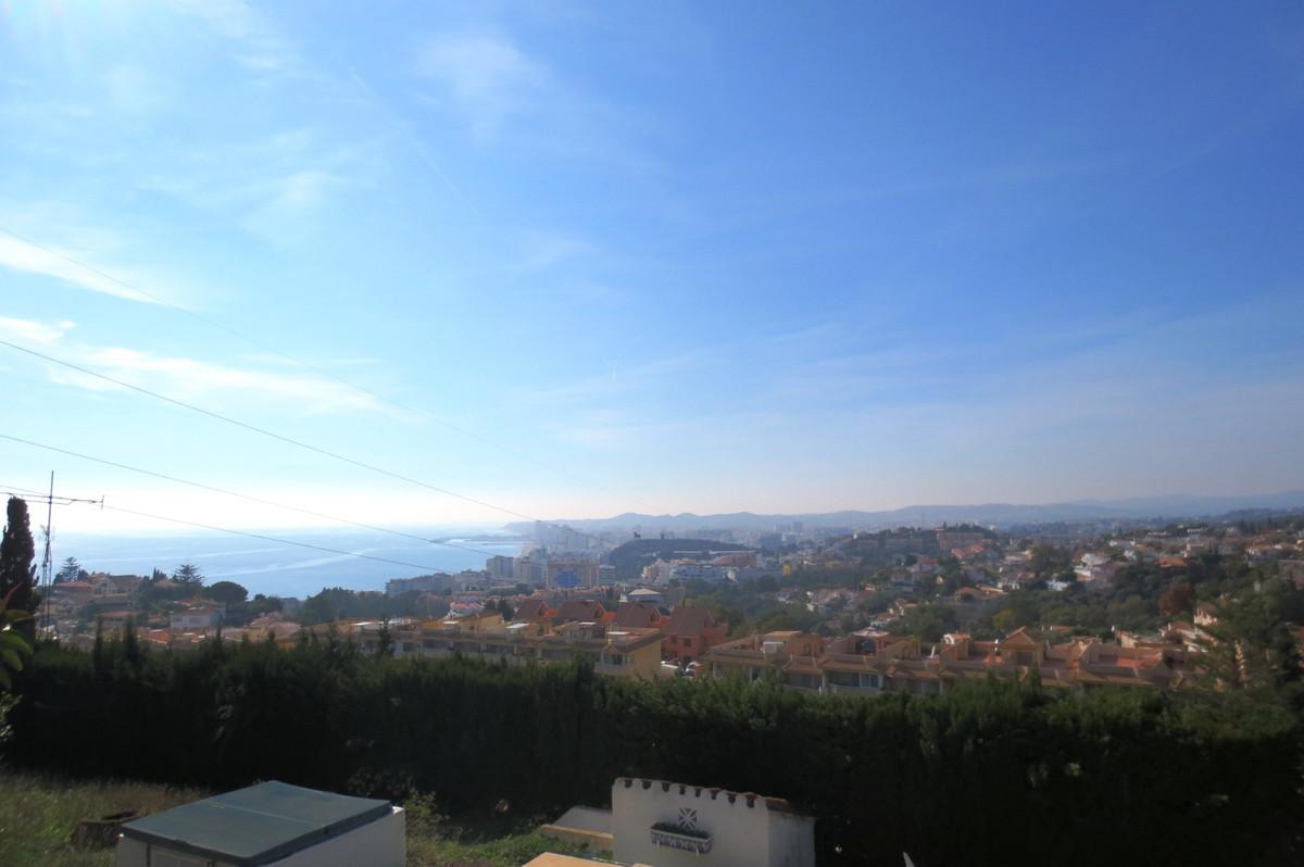 Detached Villa, Torreblanca, Costa del Sol. 3 Bedrooms, 2 Bathrooms, Built 176 m², Garden/Plot 1200 ,Spain