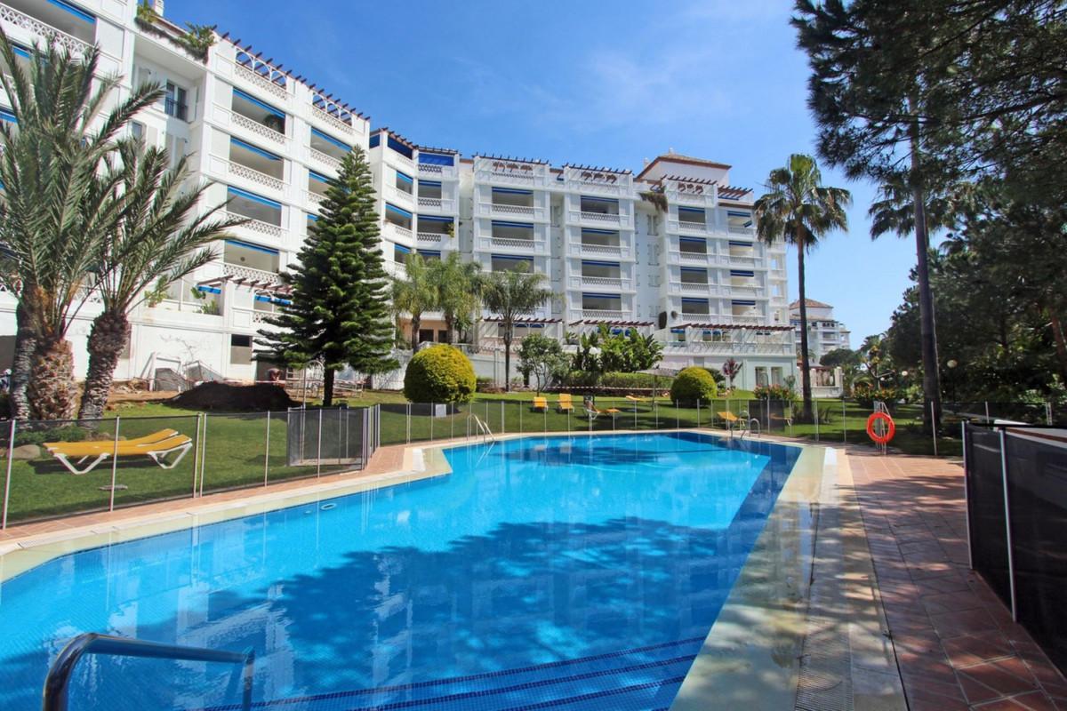 Ground Floor Apartment, Puerto Banus, Costa del Sol. 3 Bedrooms, 3 Bathrooms, Built 0 m�.  Setting :,Spain