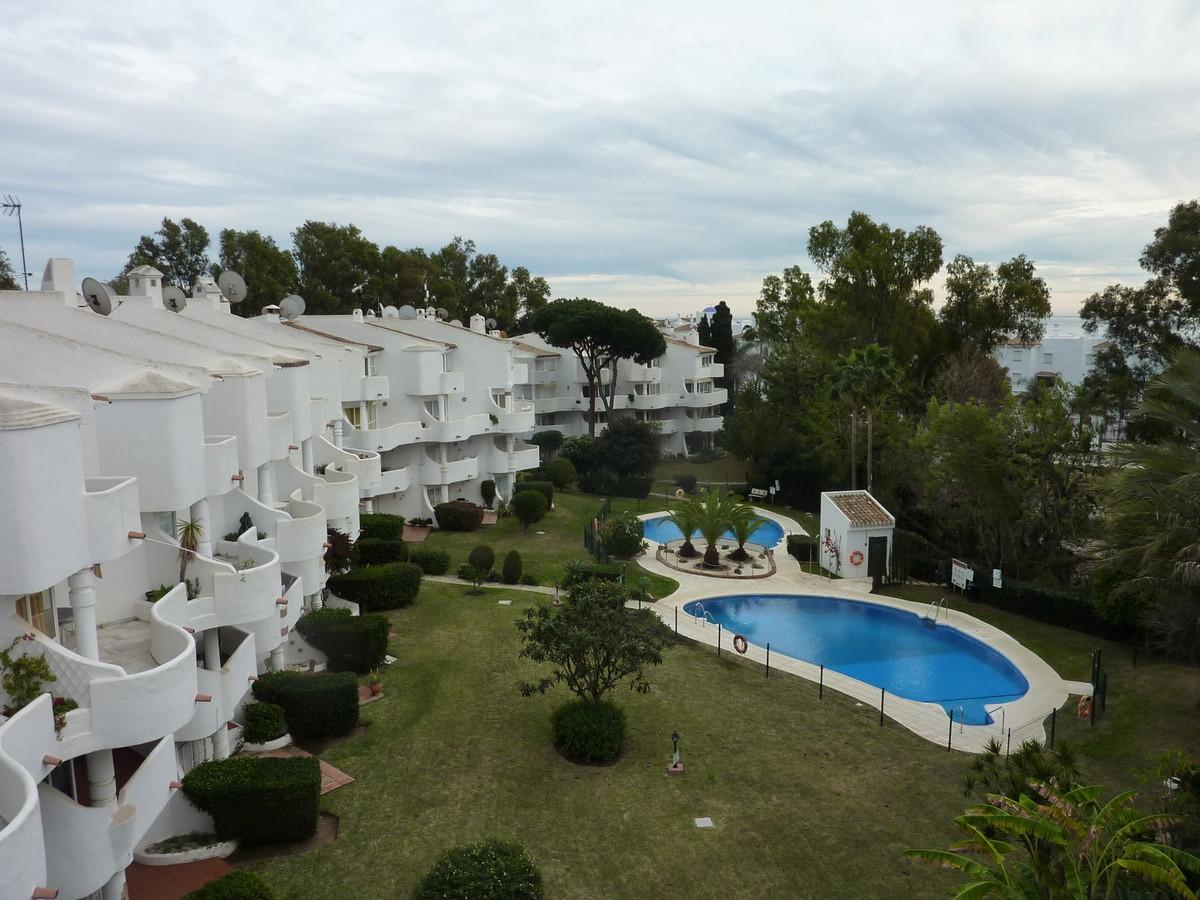 Fantastic duplex apartment walking to the beach and all services.  Apartment Duplex, Walking distanc,Spain
