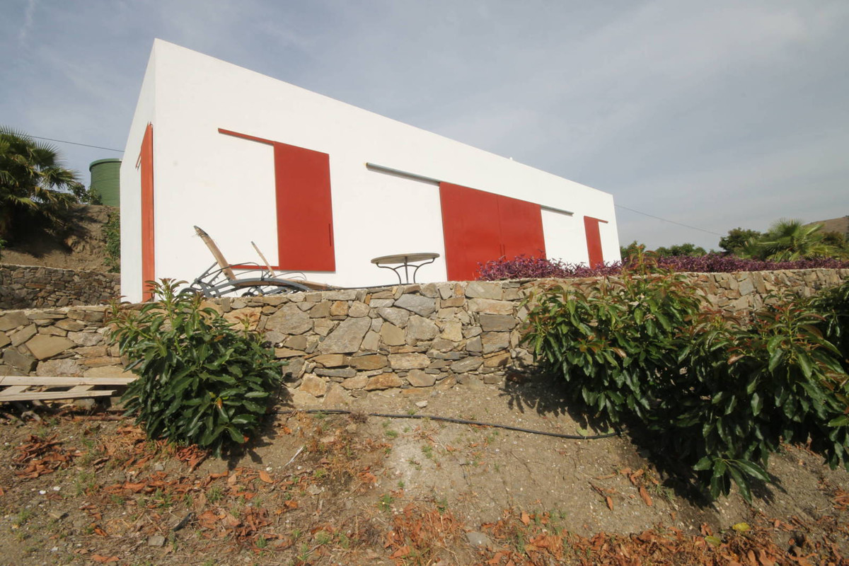 Opportunity in Torrox, Rustic Plot with Cortijo. Excellent Opportunity in Torrrox Pueblo. Plot of ab,Spain