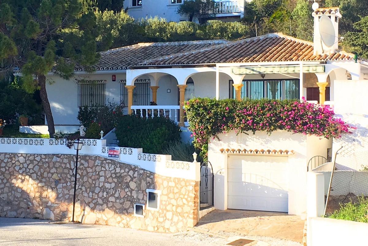 "Detached 3 bed Villa, set in the fabulous up and coming ""La Cala de Mijas"" beach town. Walking ,Spain"