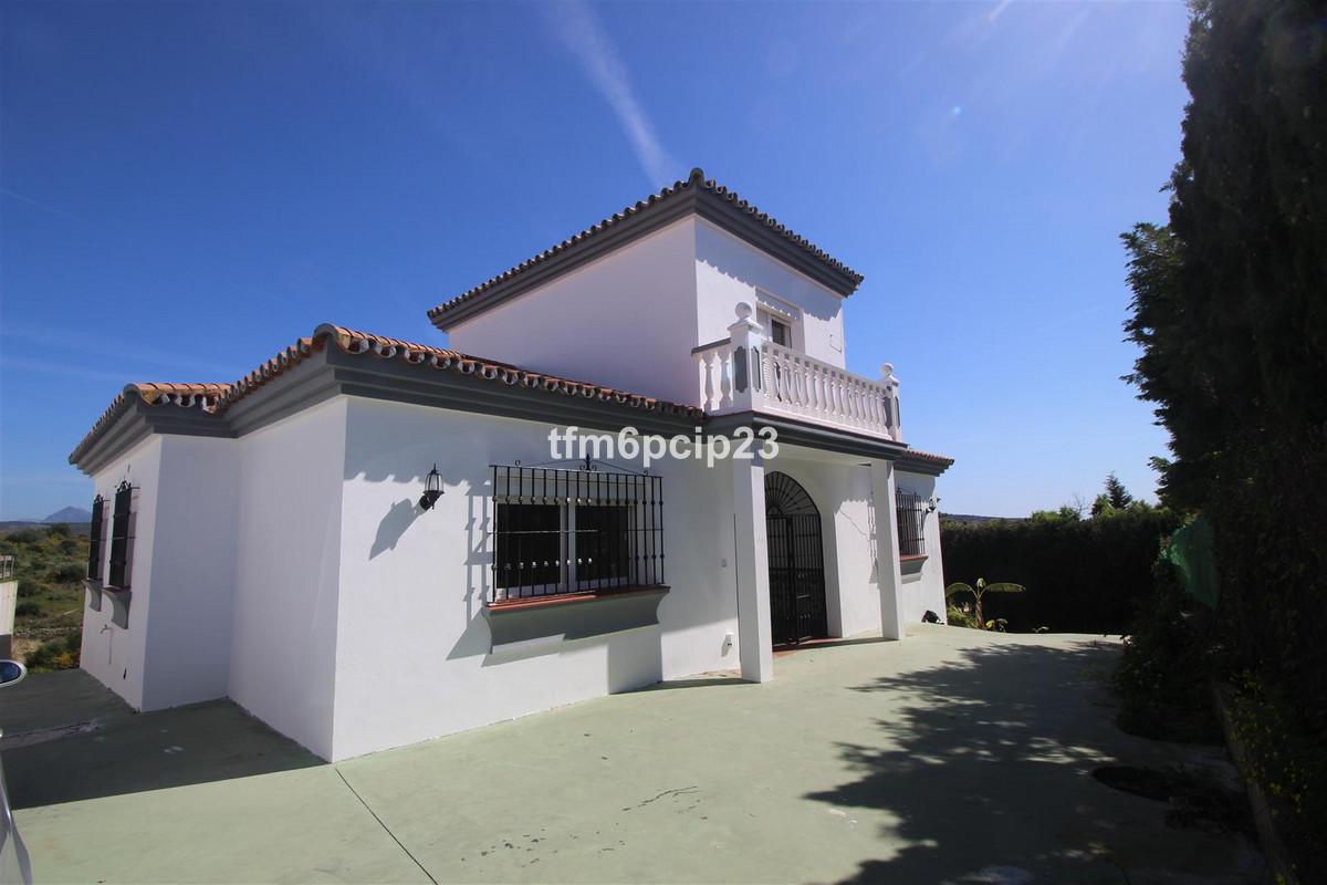 Detached Villa, Pueblo Nuevo de Guadiaro, Costa del Sol. 3 Bedrooms, 2 Bathrooms, Built 159 m2; Terr,Spain